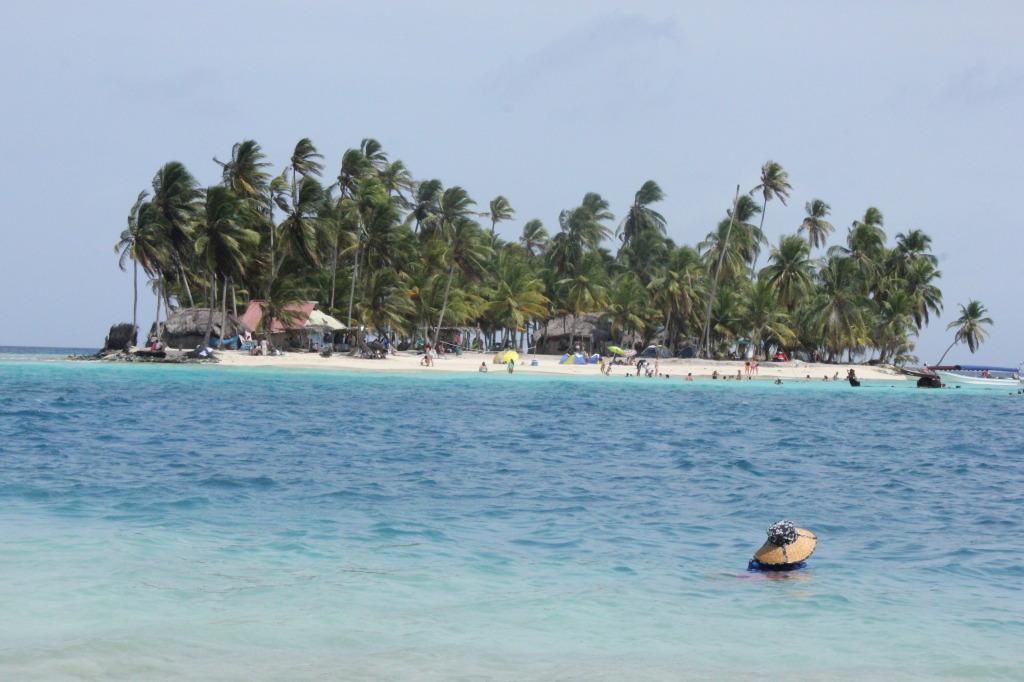 San Blas Islands, photo by Monica J. Mora