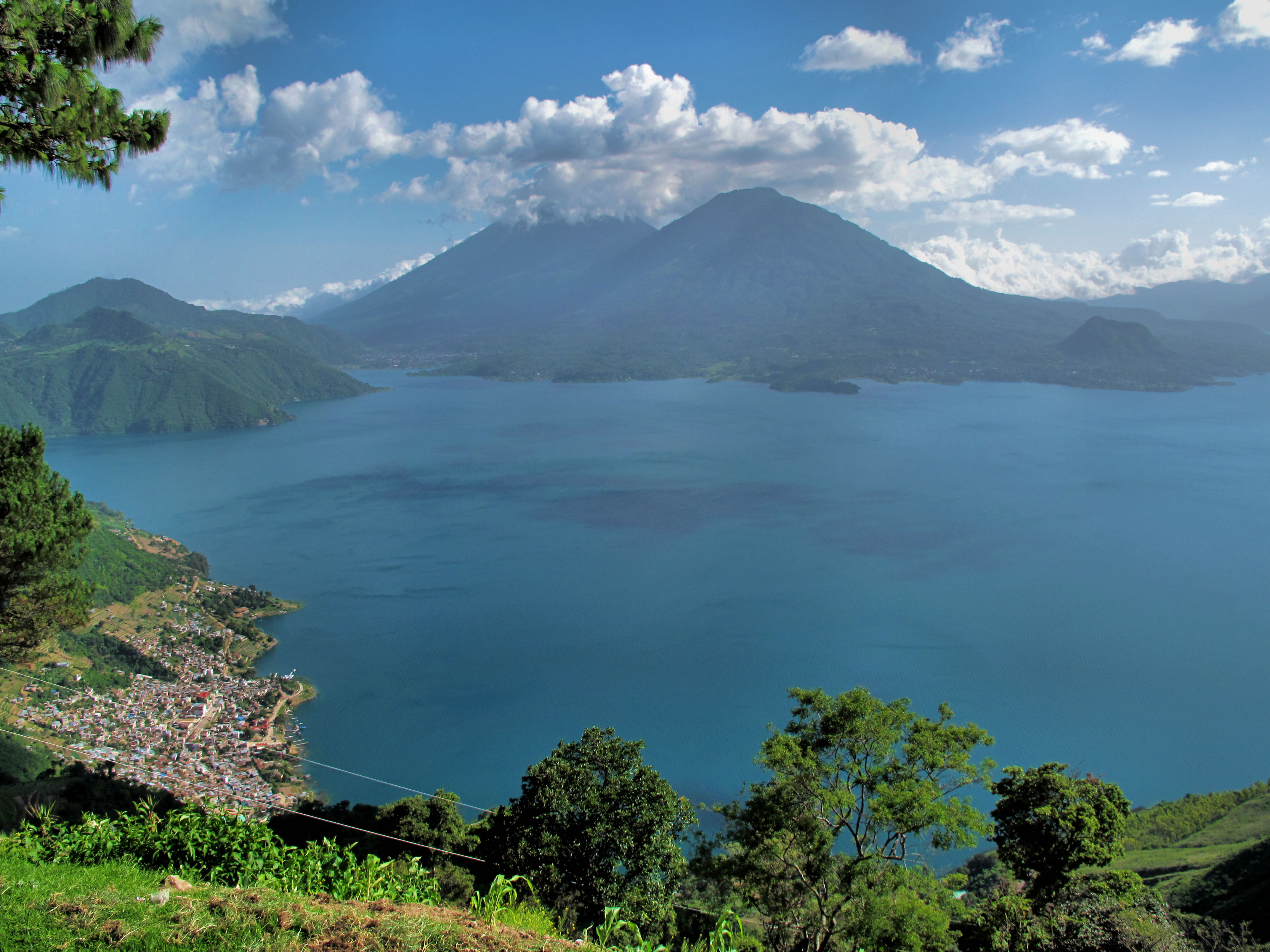Lake Atatlin, photo by Francisco Anzola