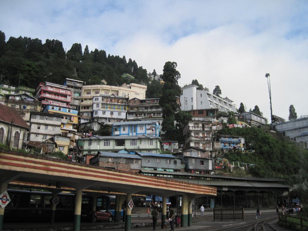 Darjeeling & Mountain Railways, photo by Aranya449