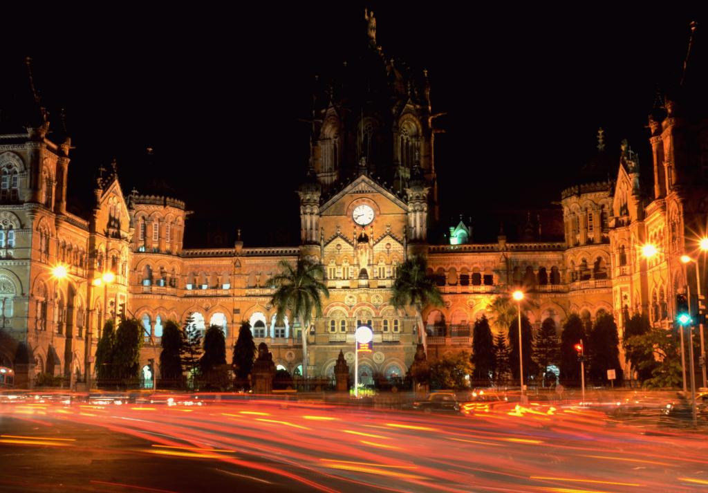 Mumbai, photo by Aaditya Ganapathy