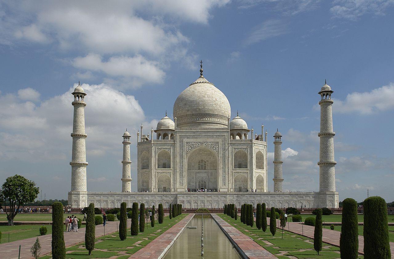 Taj Mahal & Agra, photo by Yann