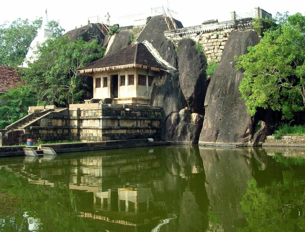 Anuradhapura, photo by Bernard Gagnon