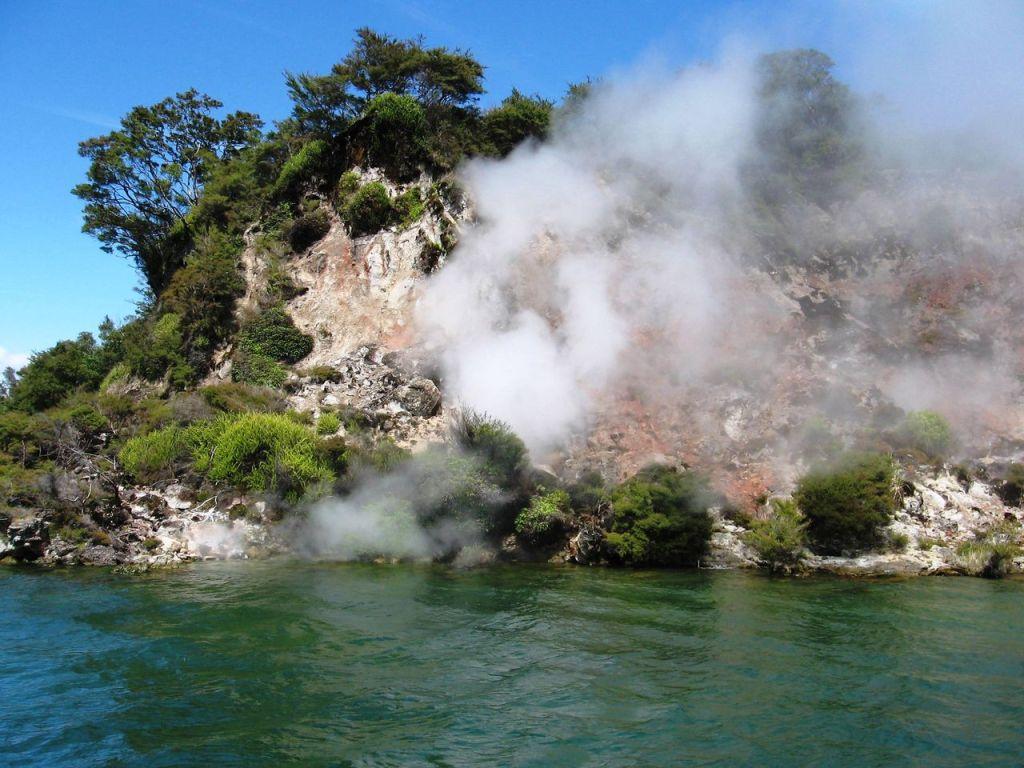 Rotorua, photo by JSilver