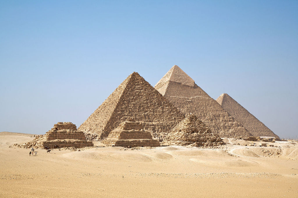 Cairo & Giza Pyramid, photo by Ricardo Liberato