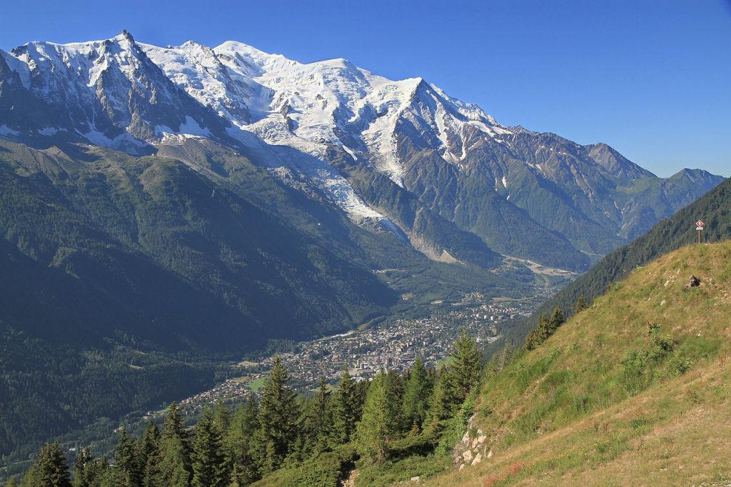 Chamonix & Mount Blanc, photo by Ximonic