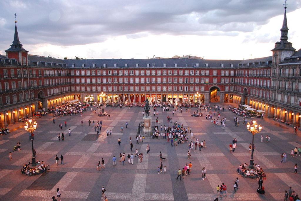 Madrid, photo by Sebastian Dubiel