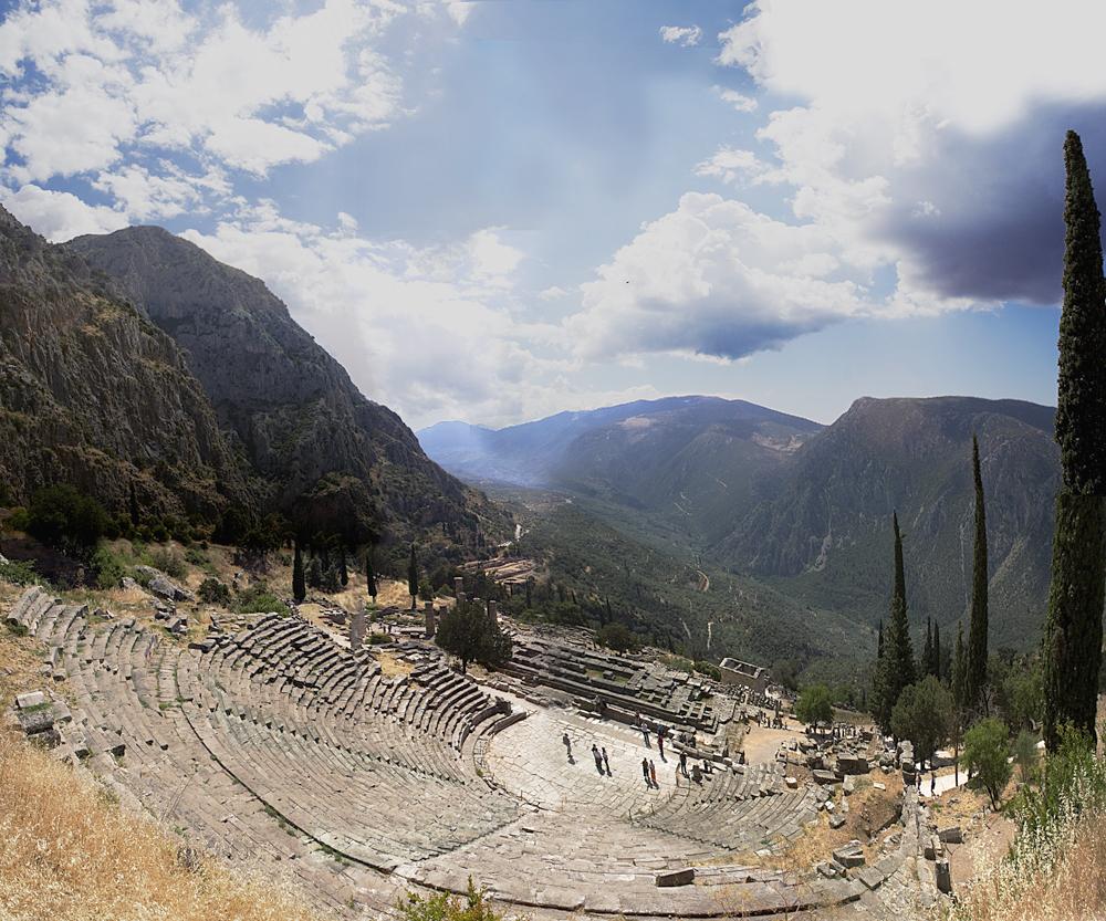 Delphi, photo by Leonidtsvetkov