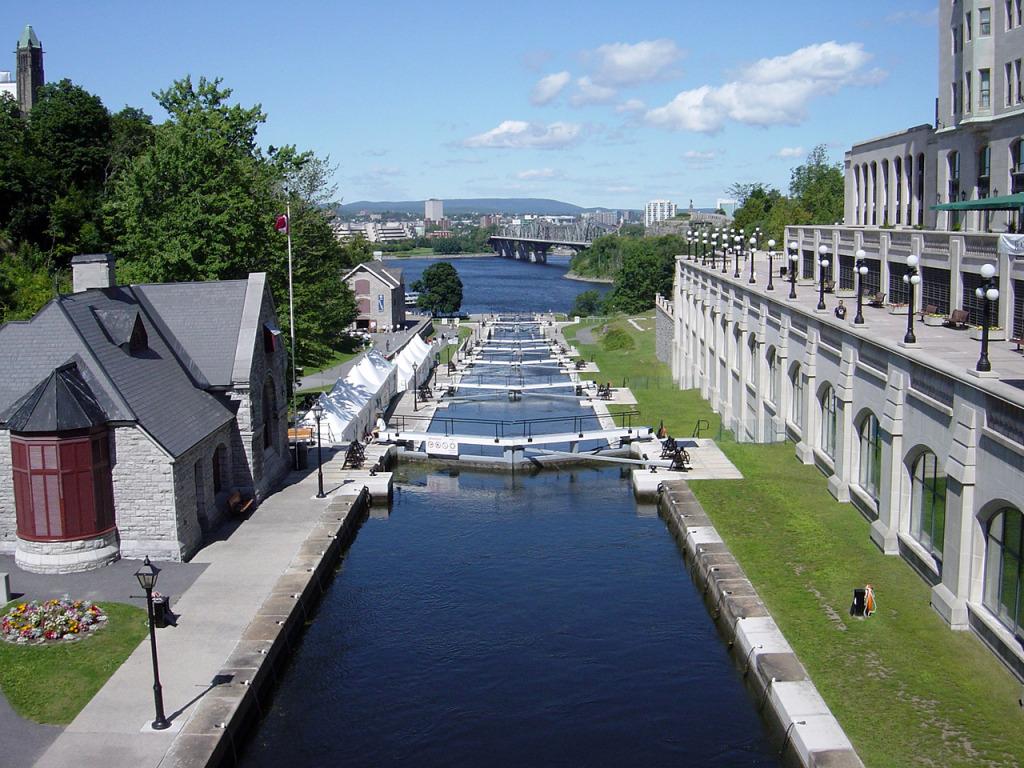 Ottawa & Rideau Canal, photo by jkelly