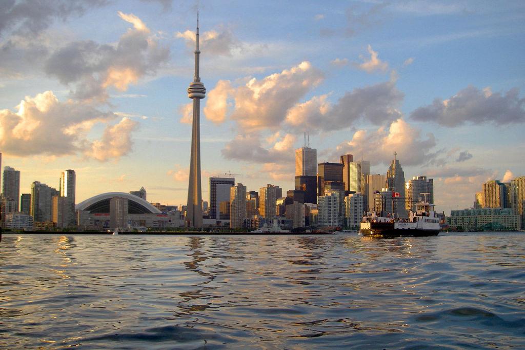Toronto, photo by John Vetterli